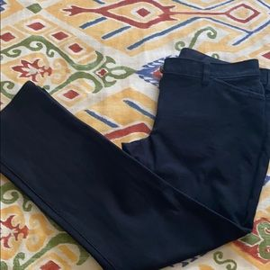 Chicos, so slimming size 00 short black